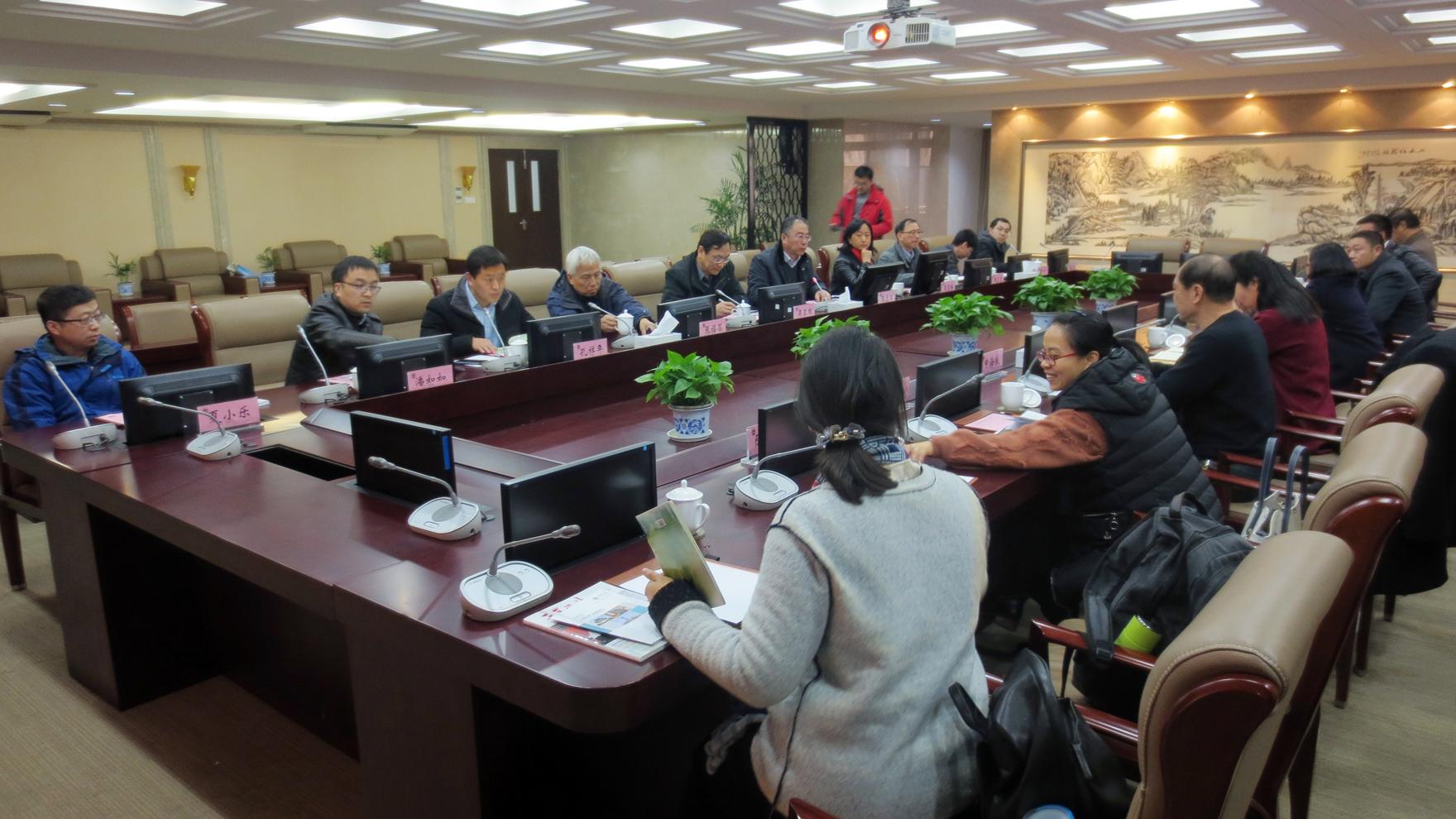 2017年12月12日,卓卫明主任率团赴江南大学考察调研工业lovebet体育娱乐网址。